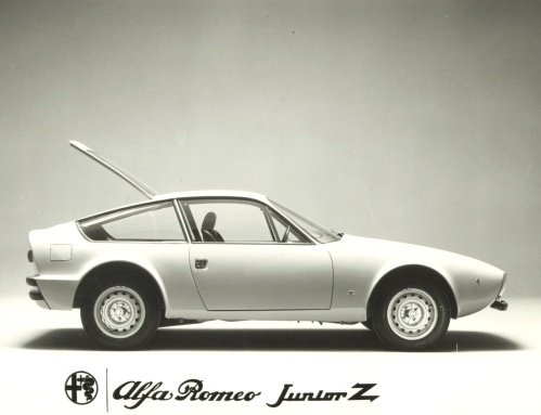 Vintage Press Release / Announcement of the Alfa Romeo Junior Zagato
